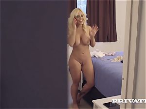 Private.com immense ass porked in point of view