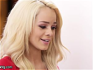 Elsa Jean and Jill Kassidy play some steaming oral games