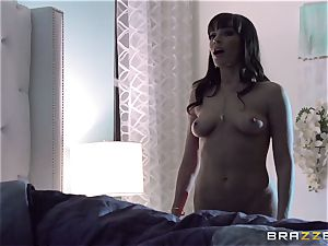 Dana Dearmond inflames her enjoy life with her insatiable spouse