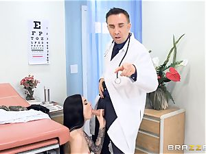Marley Brinx gets her honeypot deeply explored at the doctors