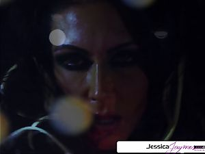 Jessica Jaymes inhaling and tearing up a big dick