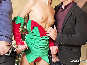skinny elf gets crammed with 2 rigid penises for Christmas