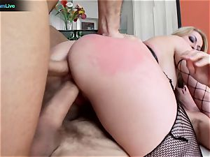 curvy light-haired Aline addicted to double intrusion