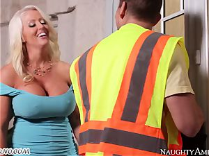Loader rigidly bangs his dissolute ample chief