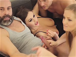 LOS CONSOLADORES - steaming swinger foursome with hot honies