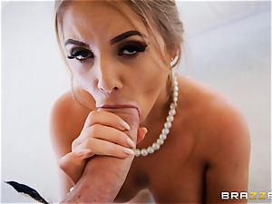 Alessandra Jane monster fuck-stick blowing on VR