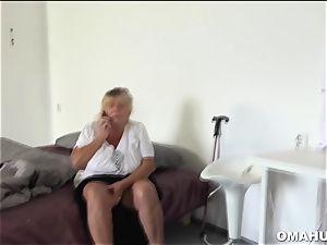 crazy grannie luvs eating nubile pussy