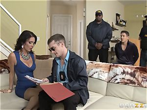 Criminals wife Jessica Jaymes romped by a steaming cop