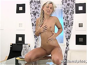 Darling Dido Angel in the shower letting her juice load