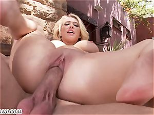 lustful huge-titted platinum-blonde Kagney Linn Karter gets fucked outdoor