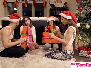 Stepbro's Christmas threesome And step-sister internal ejaculation S5:E6