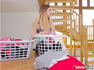 slit kneading super-cute Eva Lovia and Stella Cox messing in the laundry